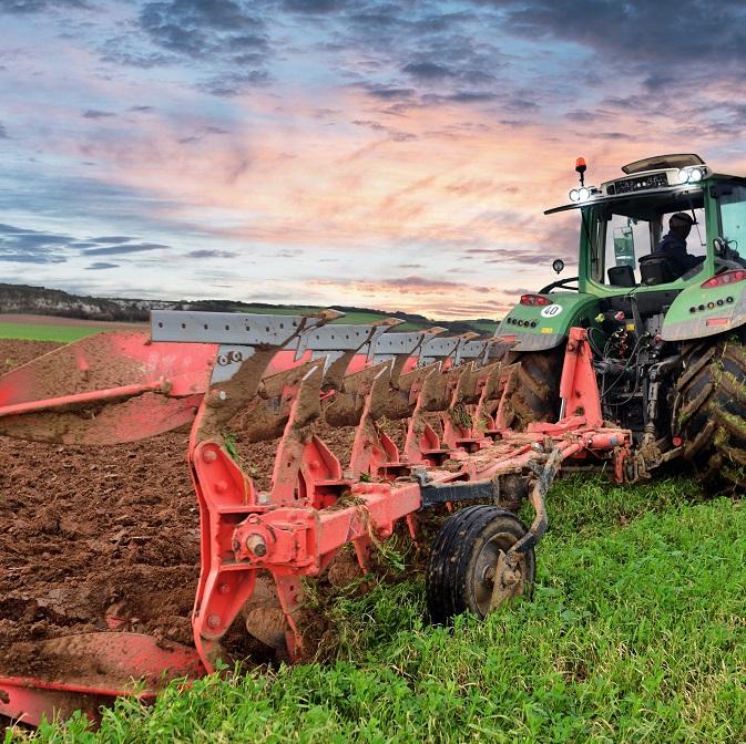Symbolbild für die Agrar-Reform: Pflug